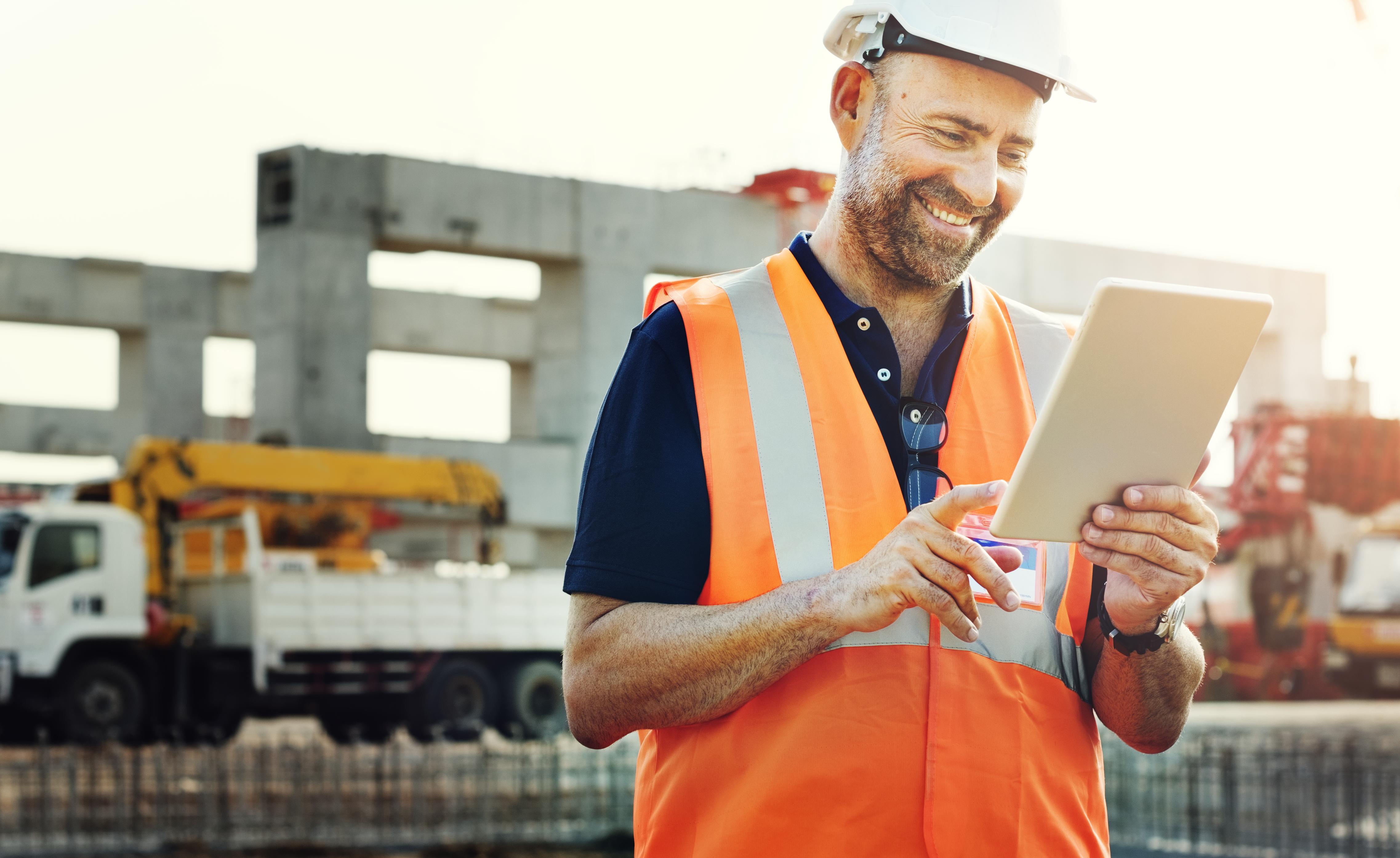 Tecnologia mobile: conheça os benefícios de dispositivos móveis na Construção