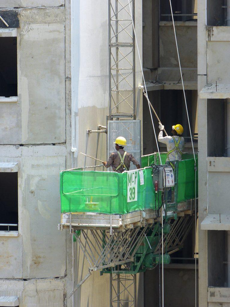 construction 328001 1920 768x1024 - Segurança no canteiro de obras: medidas para evitar acidentes no processo construtivo